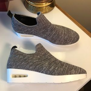 NWT-DKNY Angie Slip-On Sneakers